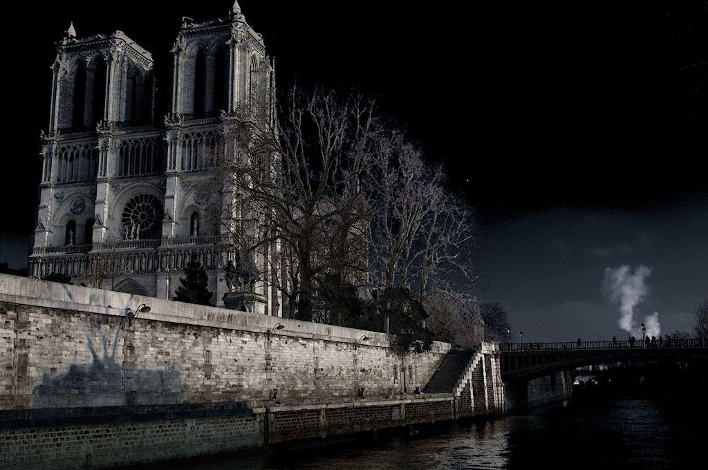 Notre-Dame de Paris fantasmagorique